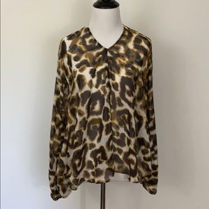 Show Me Your Mumu animal print blouse